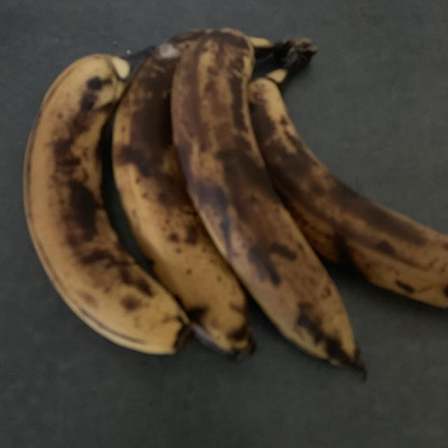 What does everyone do with brown bananas? I usually make muffins or banana bread. #brownbananas #banana #muffins #bread #food #cooking #baking #whatdoyoudo