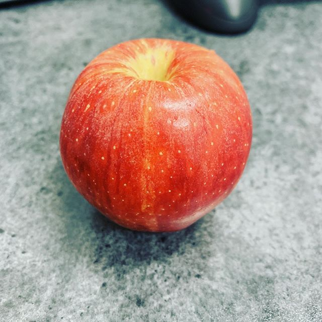 """An apple a day keeps the doctor away"" and they're also more effective at waking you up first thing in the morning than coffee. What kind of apple do you prefer? #apples #redapples #fruit #wakemeup #royalgalaapple #grannysmithapples #reddeliciousapples #yum #food"