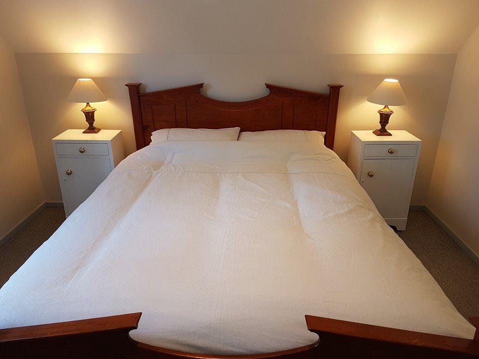A Frame Queen bed 1.jpg