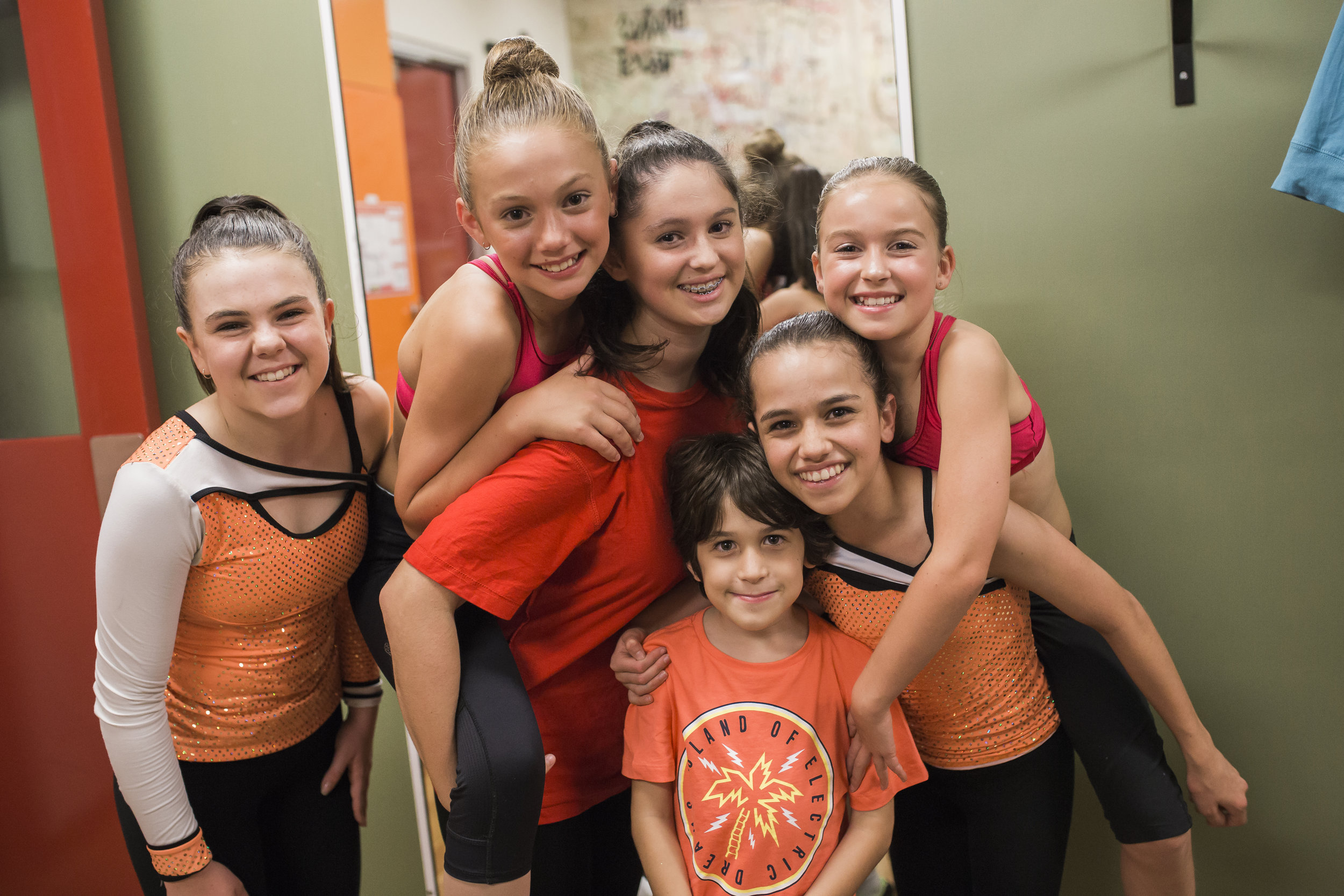 Weekly Classes - If you love acting, singing or dancing (or all of the above!) and can't wait until our next holiday Camp to do what you love, then come and join SCYT in our weekly training programs and classes!Learn more ➝