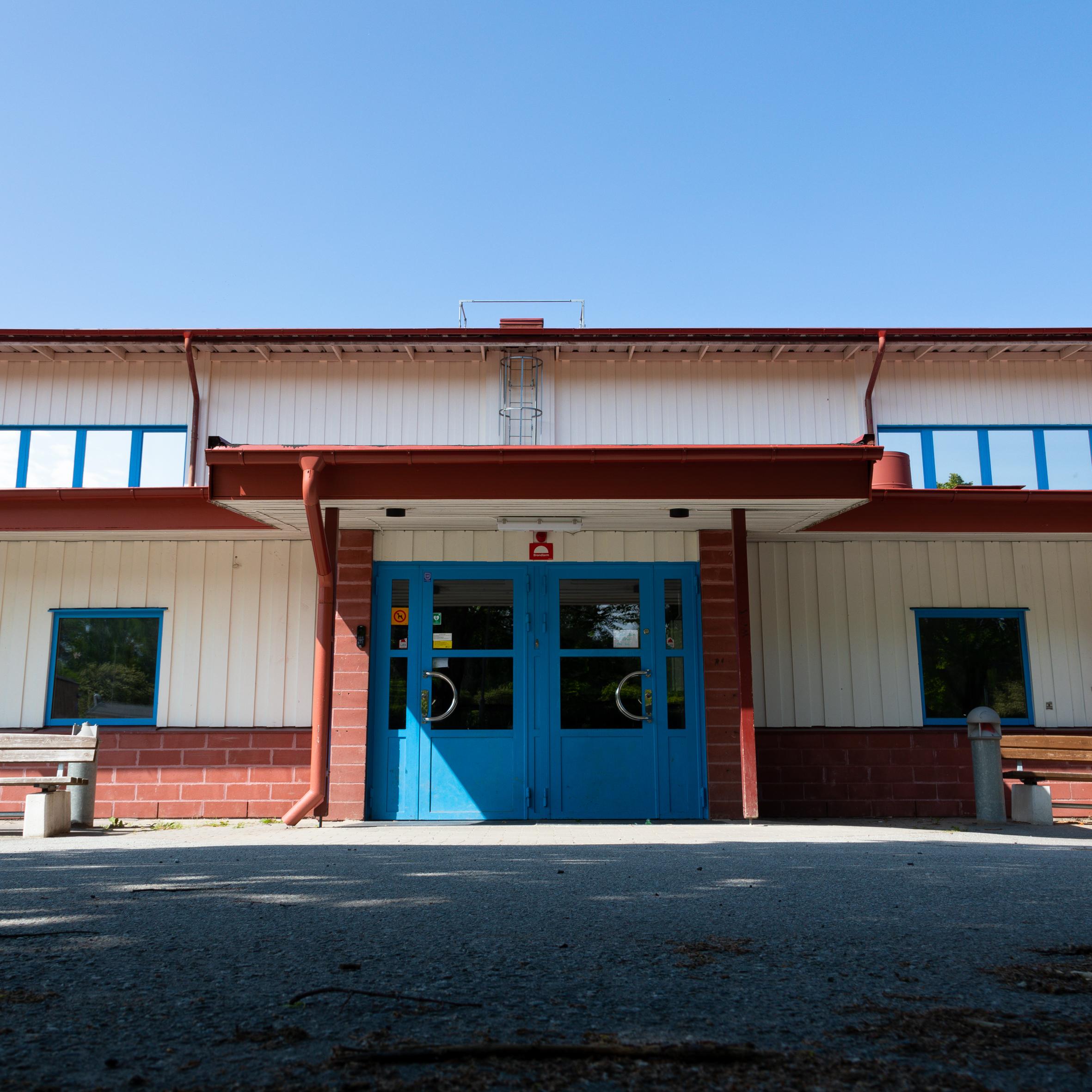 Nytt golv i Smedsgärdshallen! -