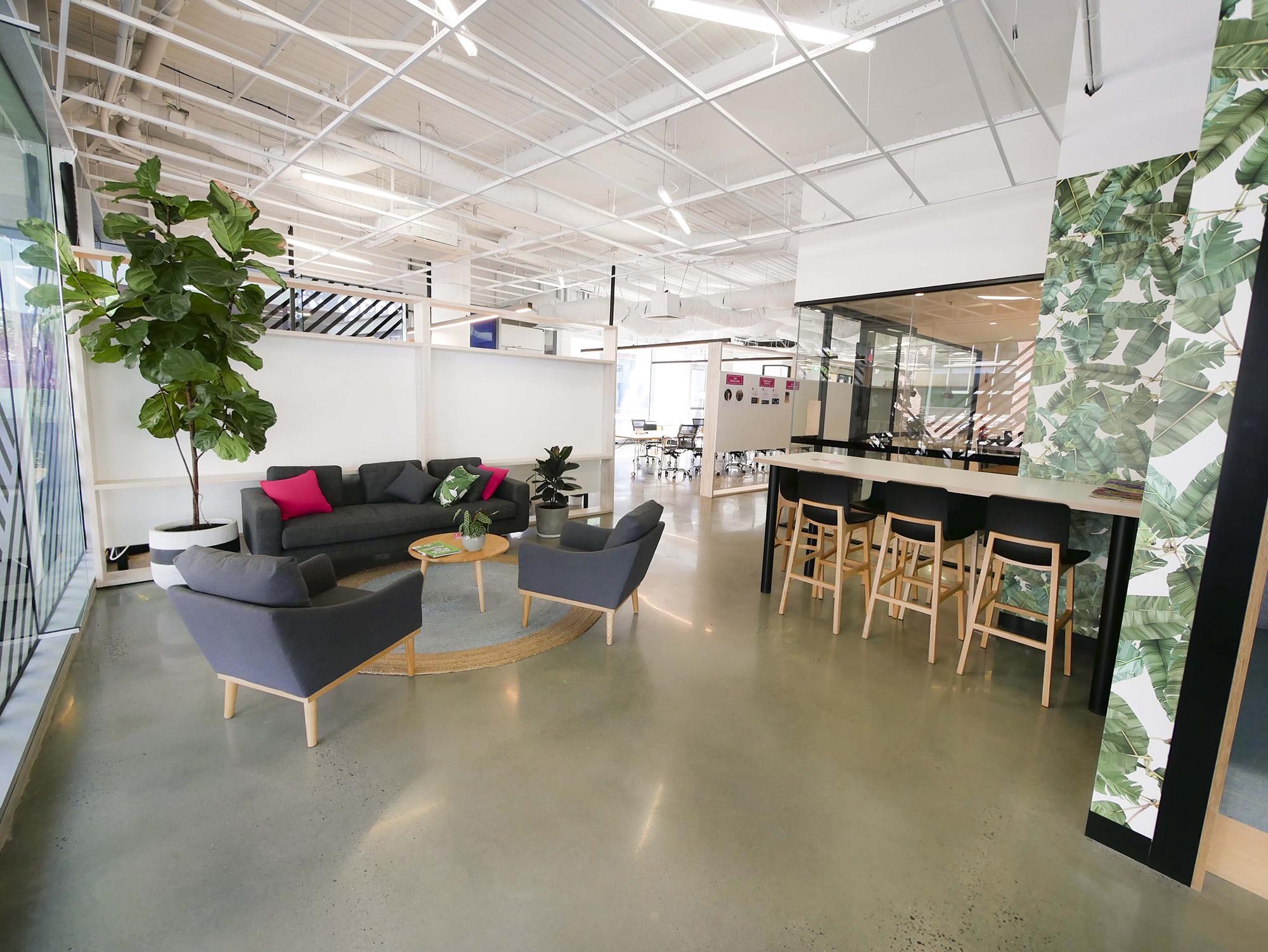 upload-project-iw-lounge.jpg
