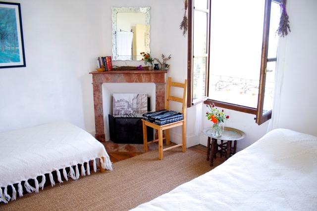 IMG_1270 white bedroom le verger.jpeg
