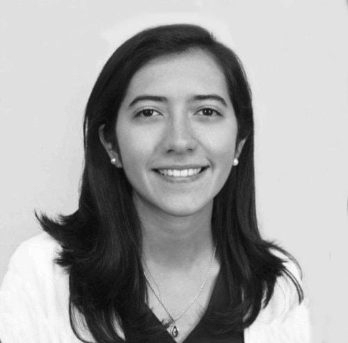 Alice Huchon Colunga – Chargée de projet économie circulaire   Designer industriel enthousiaste dont la carrière a été articulée autour de divers projets réalisés en France, au Mexique et à l'étranger. Son parcours créatif est basé sur le tandem concepteur-utilisateur, une méthode de travail qui permet d'obtenir de meilleurs produits et services plus proches de la demande réelle. Elle aime décrire son travail comme créatif, polyvalent, adaptable et respectueux de l'environnement.