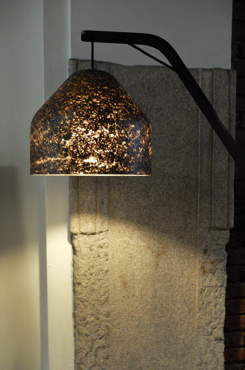LAAB Light & Leaves : lamp created using the fallen leaves collected during autumn by MIYUCA