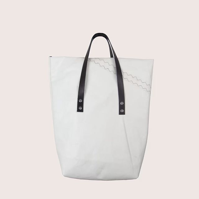 Main long white #canjottobags #ikkoopbelgisch #fashion #bag