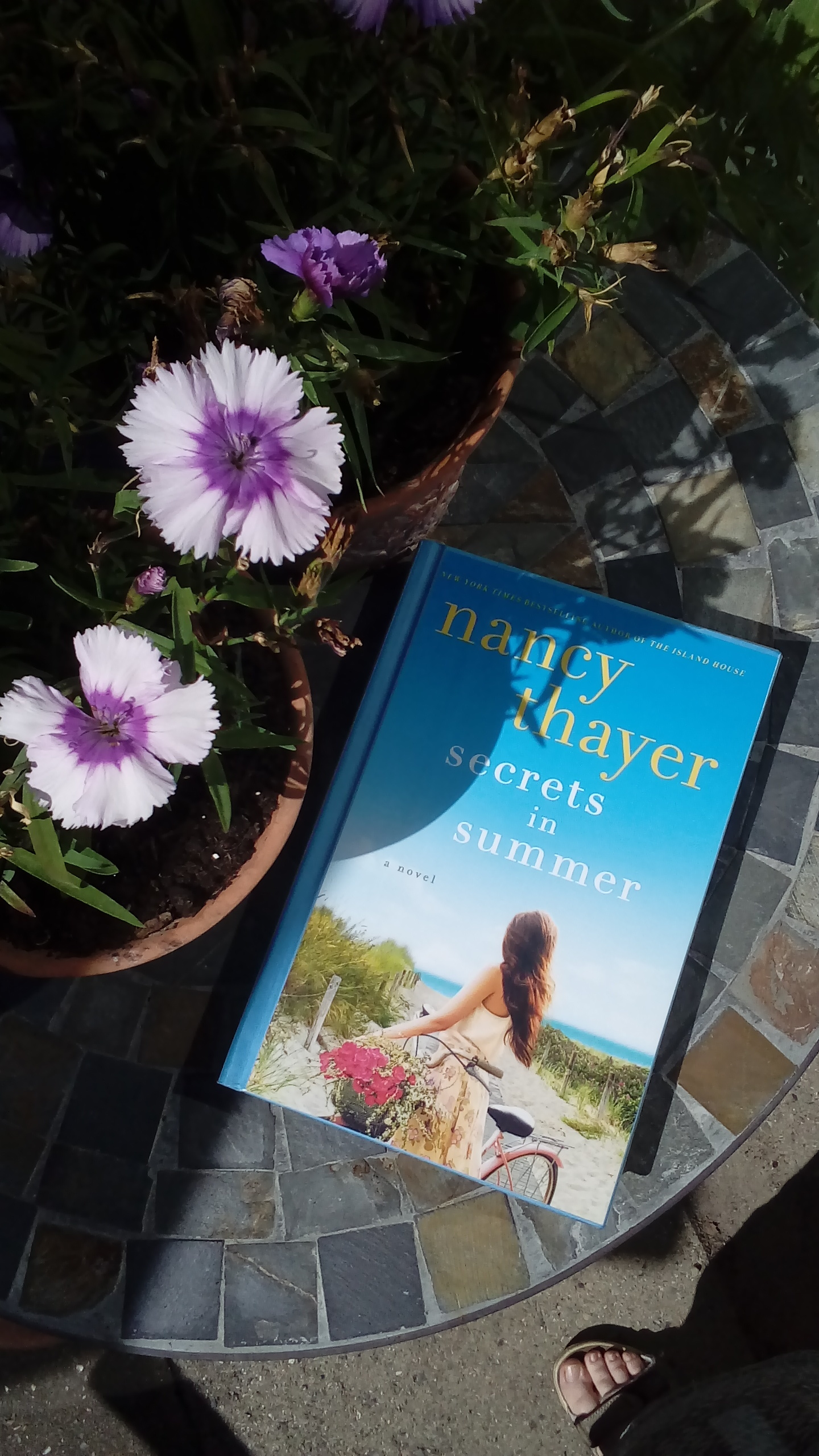 Secrets in summer - transports you to Nantucket