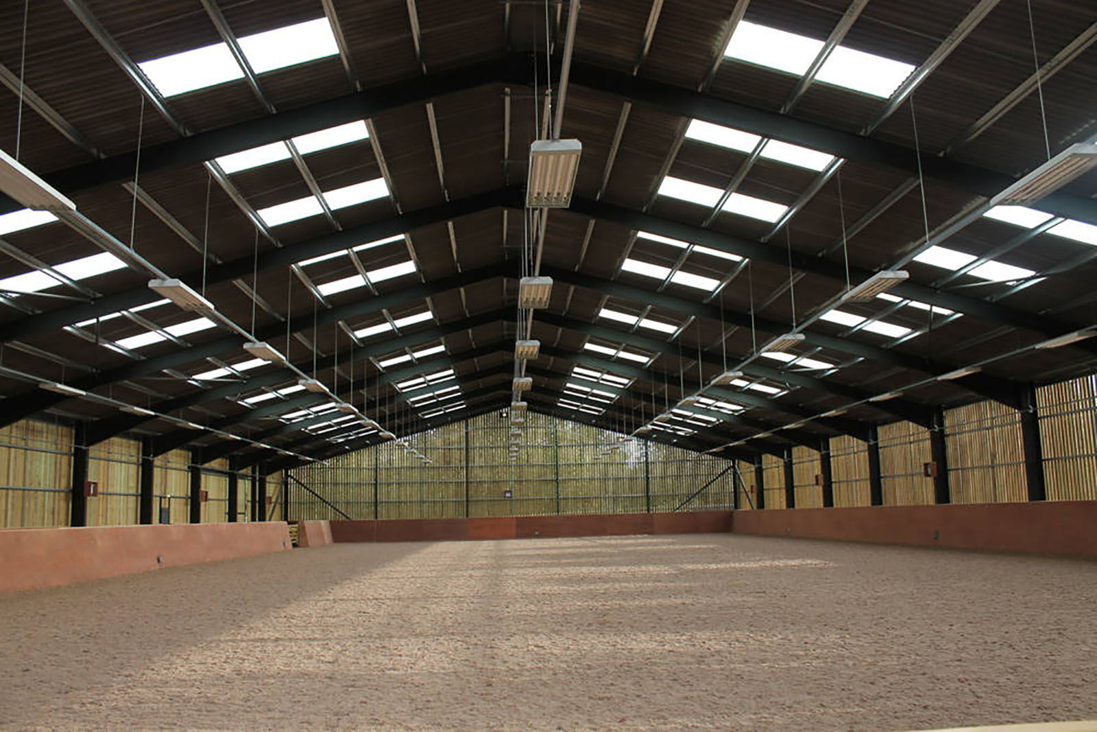 Riding-Arena-in-Coventry-13.jpg