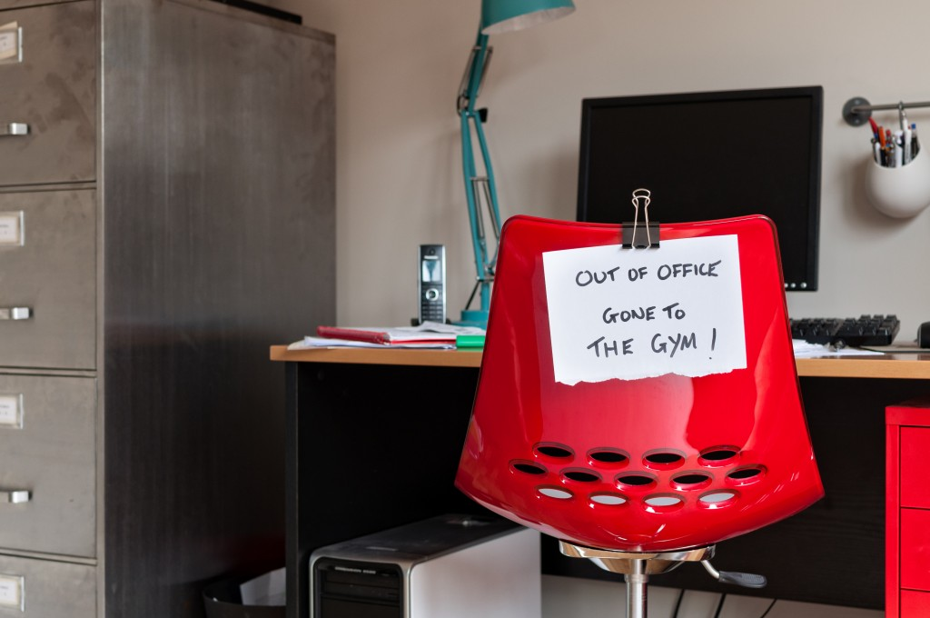Employee leaves note on back of office chair: Out of Office. Gone to The Gym!