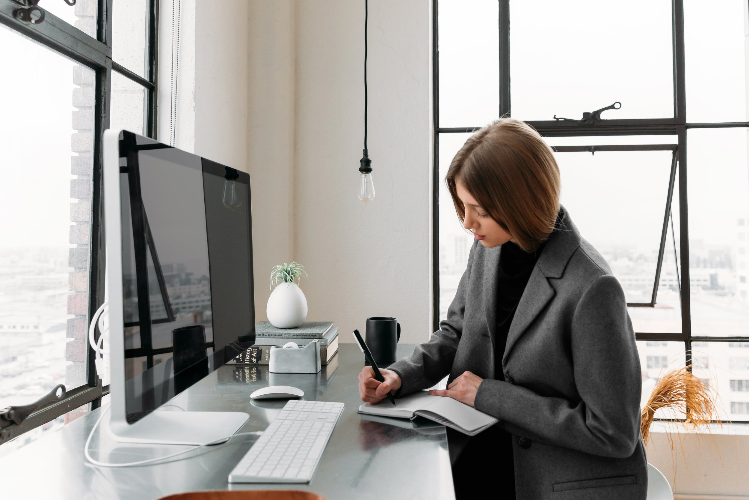 The advantages of a freelance law practice - The use of freelance attorneys is the leading law firm staffing strategy change since the recession.