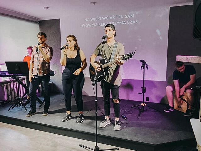 From our first Łódź church service on Solna 15 yesterday! . . . . . . #bettertogether #proemministries #lodz #tomychurch #outreachministry