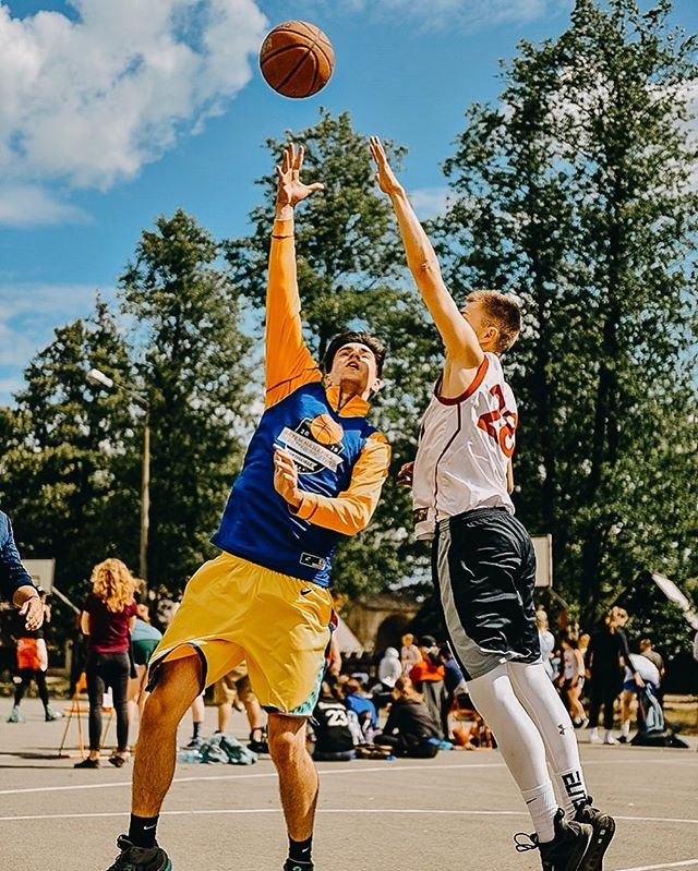 It's the most wonderful tiiime of the year 🎶 BASKETBALL CAMP! 5 countries. 1 heart. We welcome Ukraine, Lithuania, Belarus and the USA to Poland for Interkosz 2019! Let the games begin! . . . . . #proemministries #interkosz2019 #proemzako #basketball #bettertogether