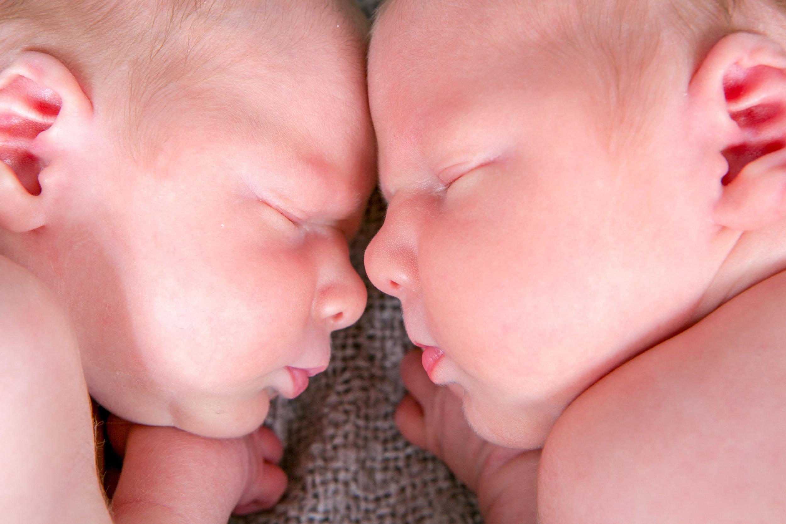 lifestyle newborn photography (6 of 12).jpg