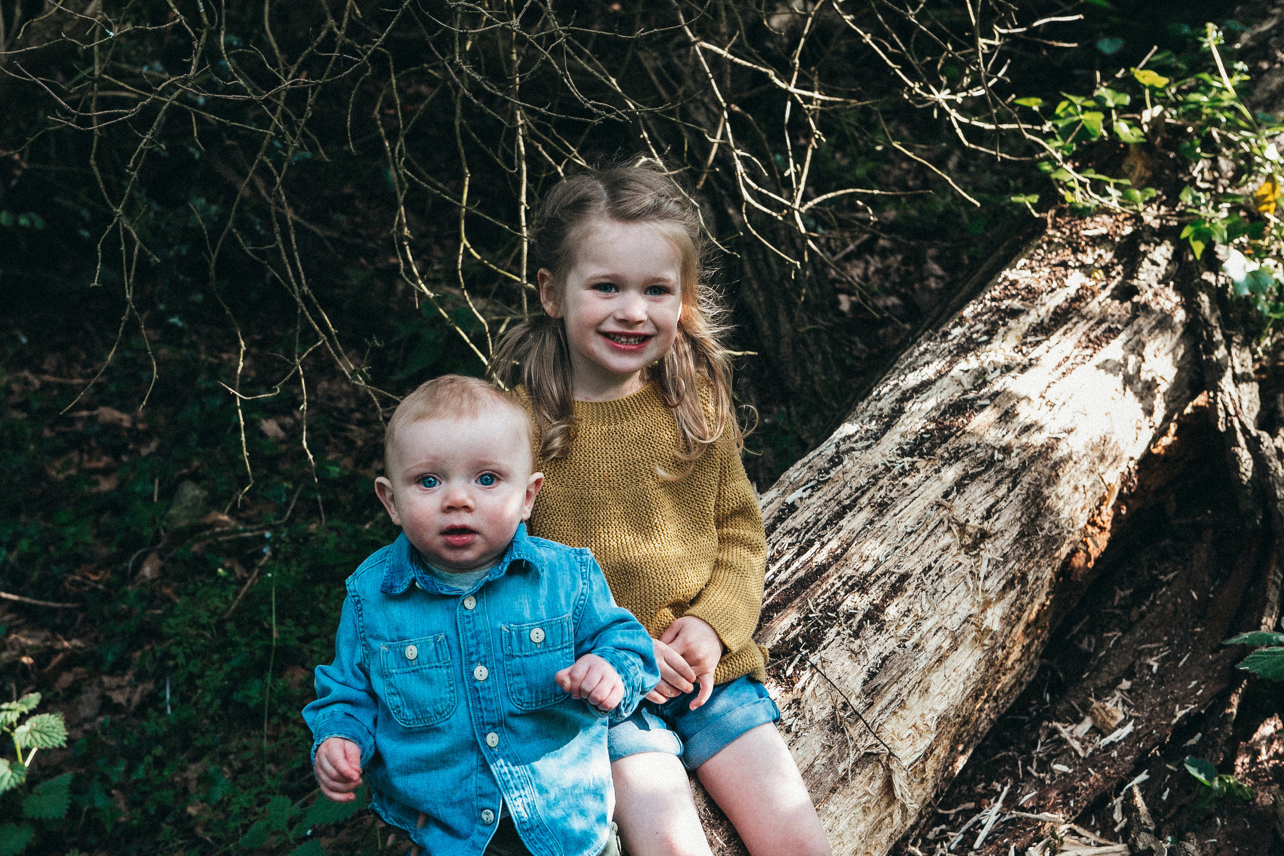 outdoors family shoot Berkshire 76.jpg
