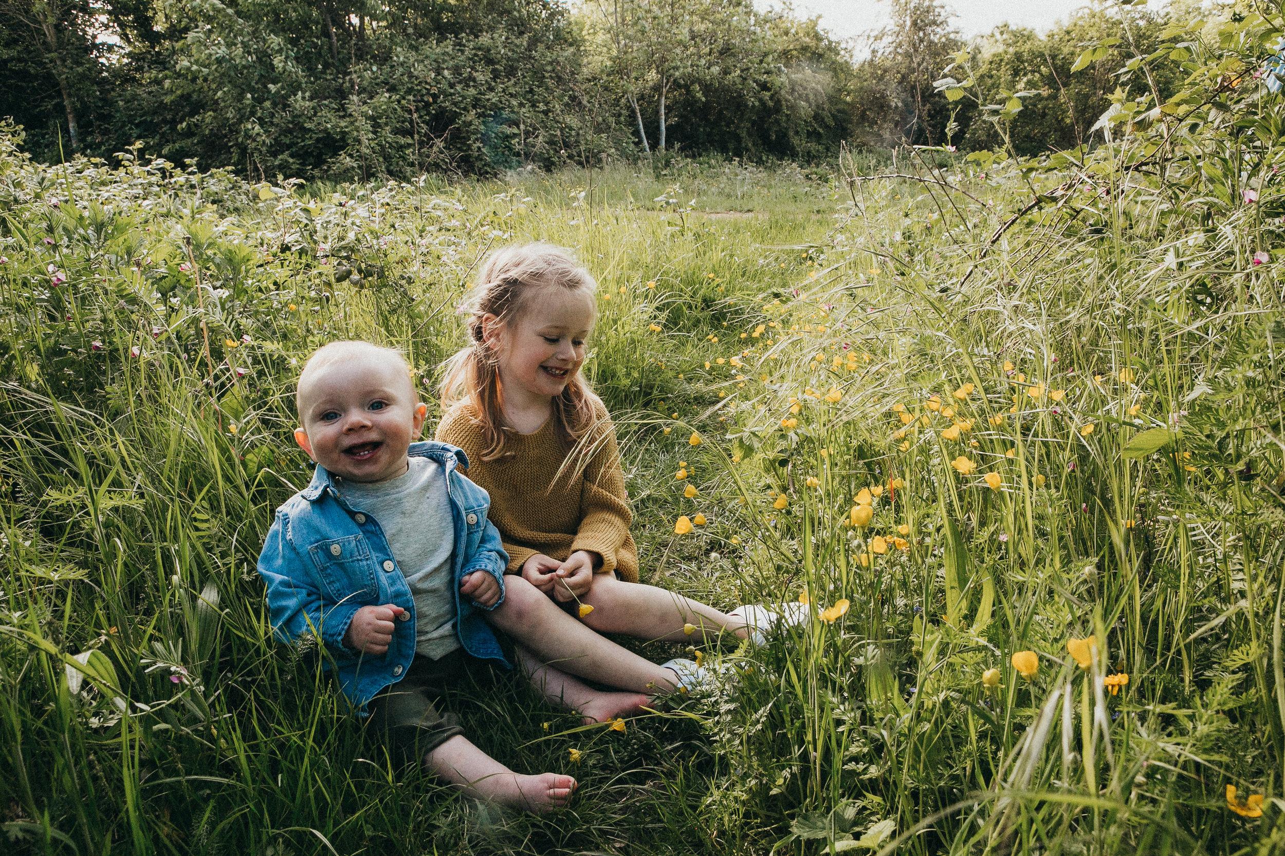 outdoors family shoot Berkshire 24.jpg