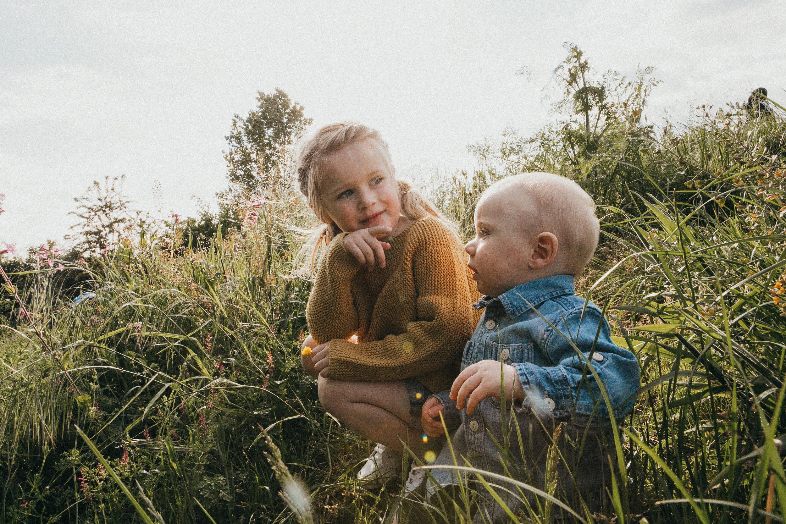 outdoors family shoot Berkshire 43.jpg