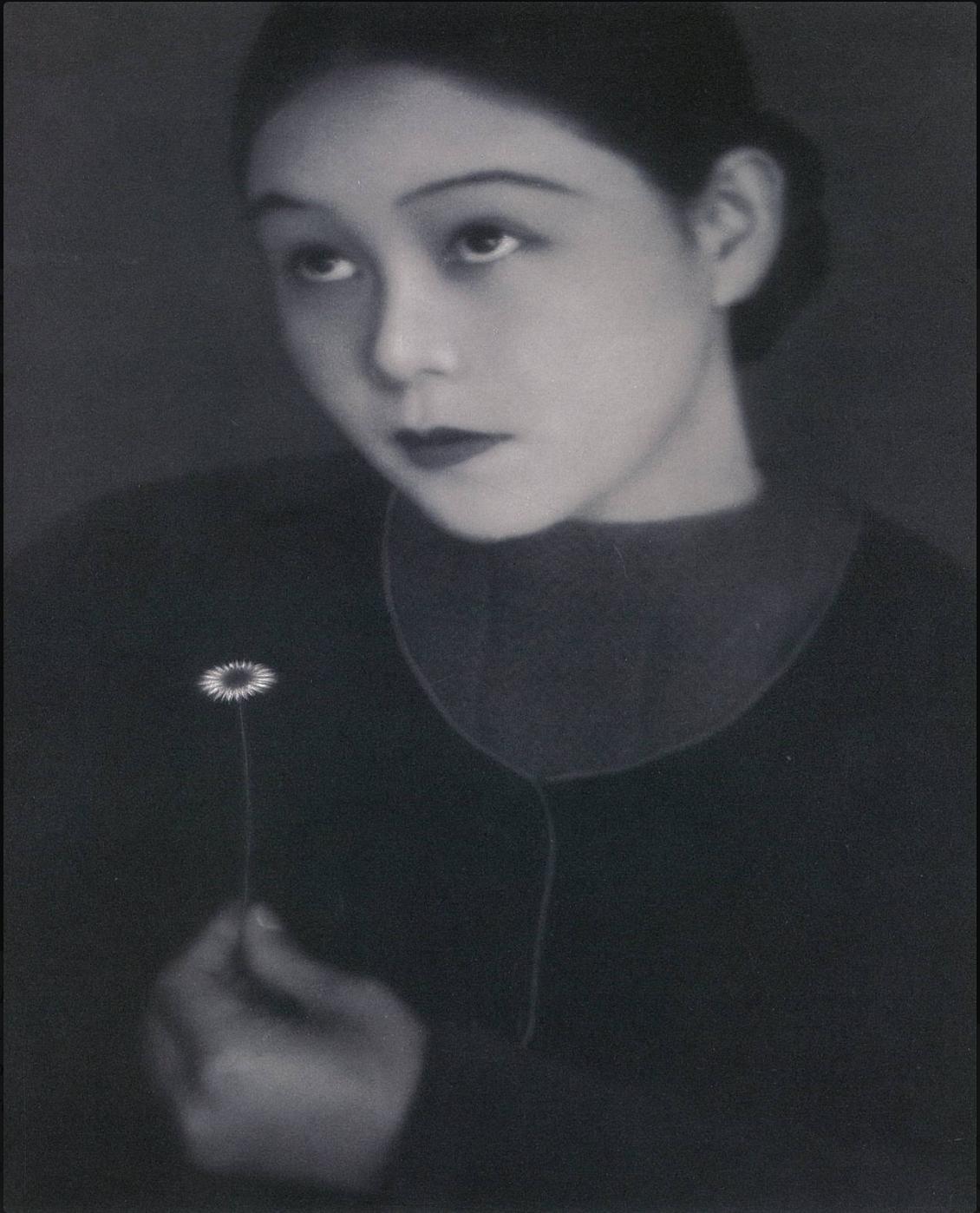 Sakae Tamura | White flower | 1931