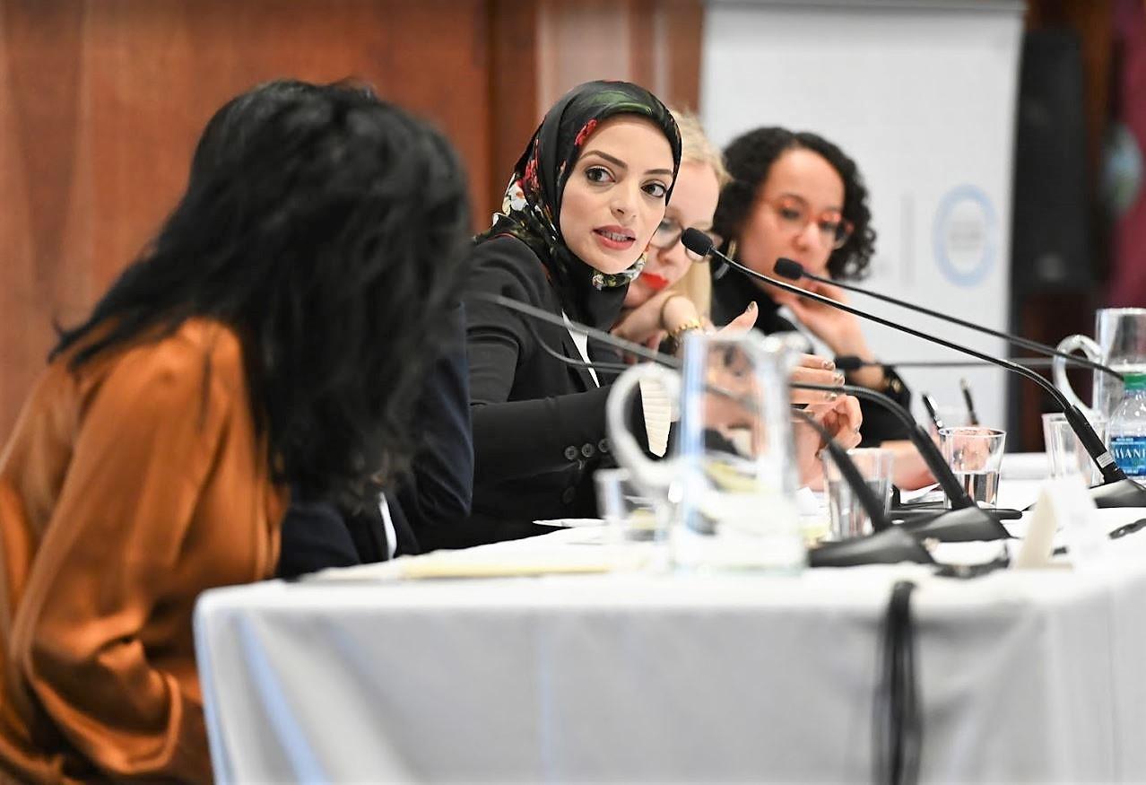 Dalia Fahmy speaking on panel.JPG