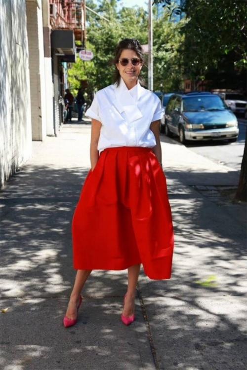 leandra-medine-the-man-repeller-blogger-wearing-tibis-silk-faille-skirt-and-oxford-shirt-while-in-nyc-e1390897581639.jpg