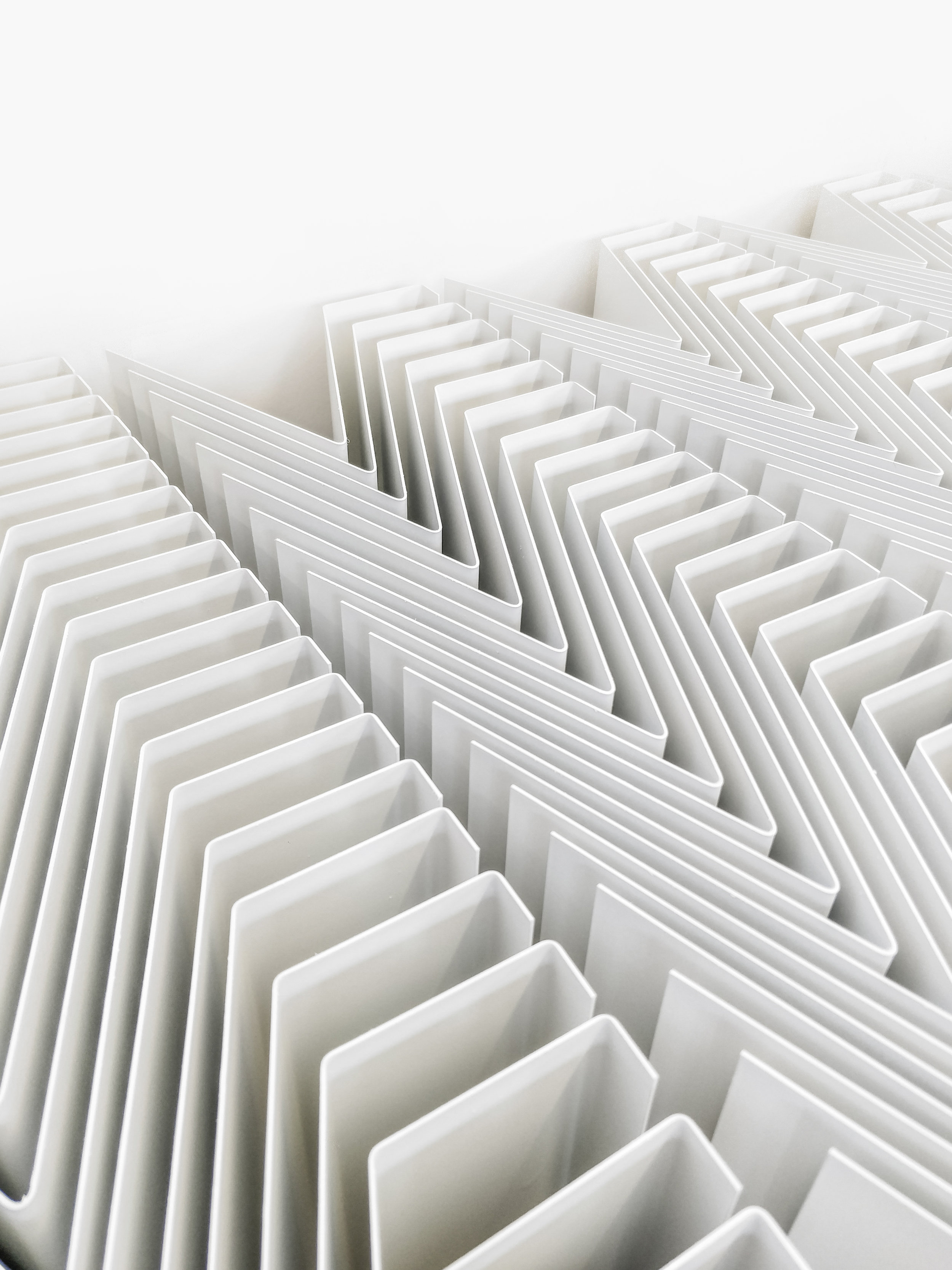 Folded steel sheet // Display