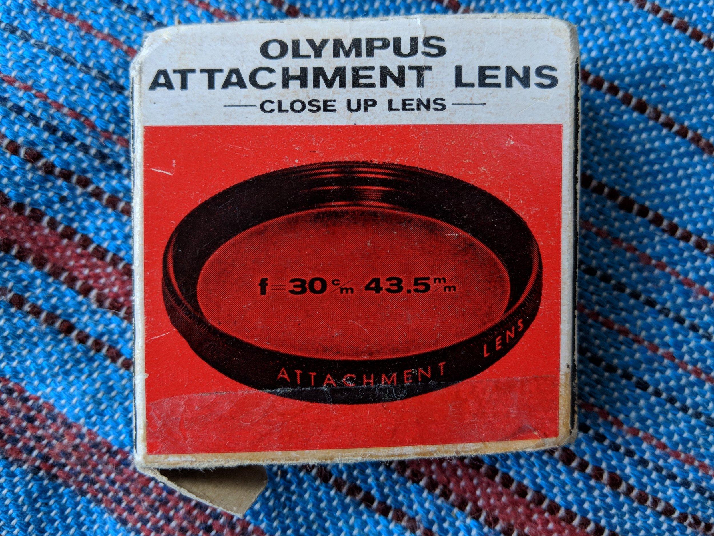 The original close up lens box