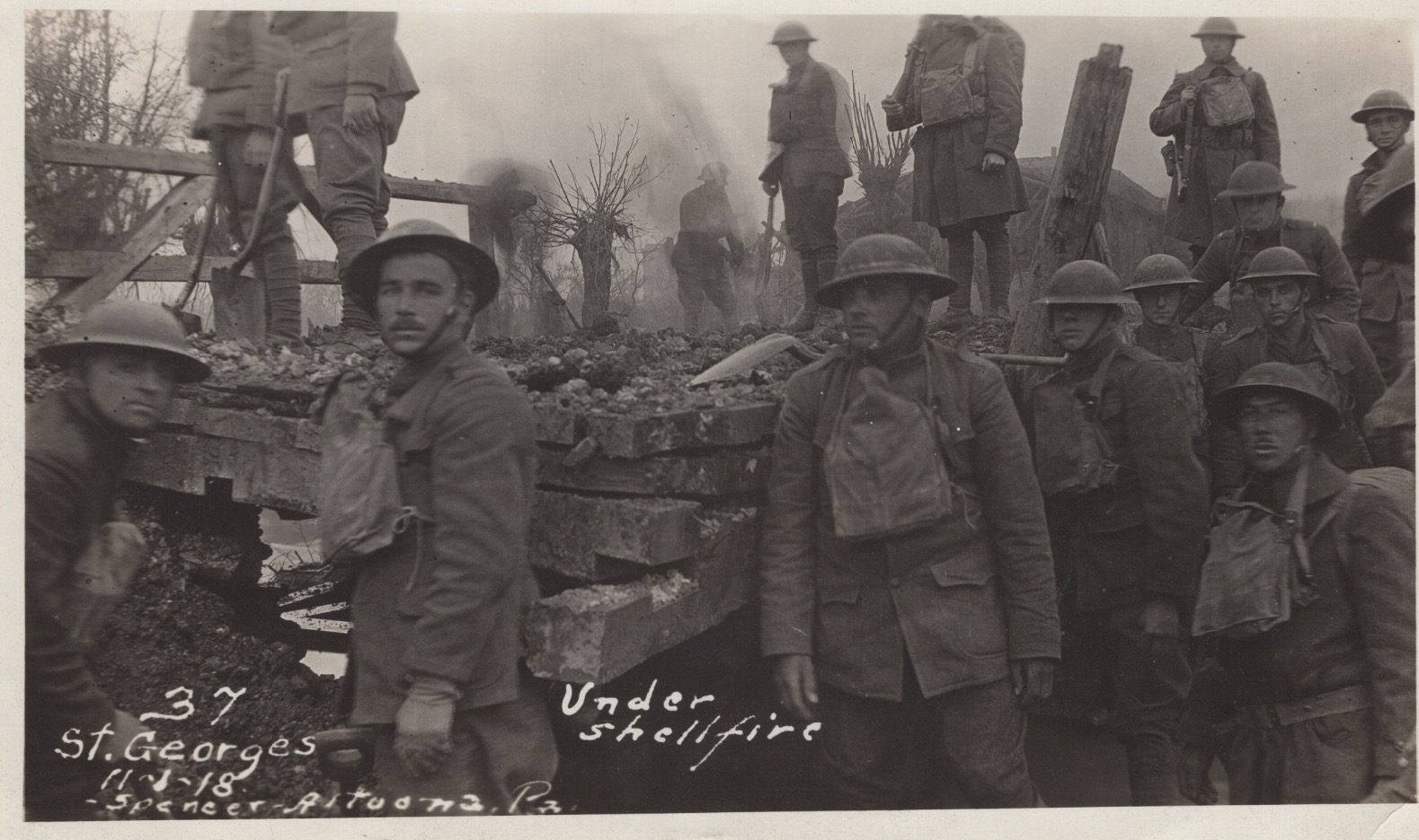 WWI soldiers under shellfire in France