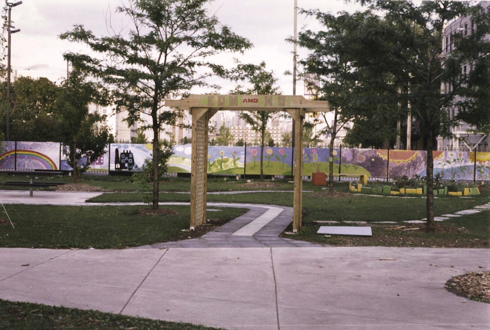 Touhy Herbert Park Garden, 1998
