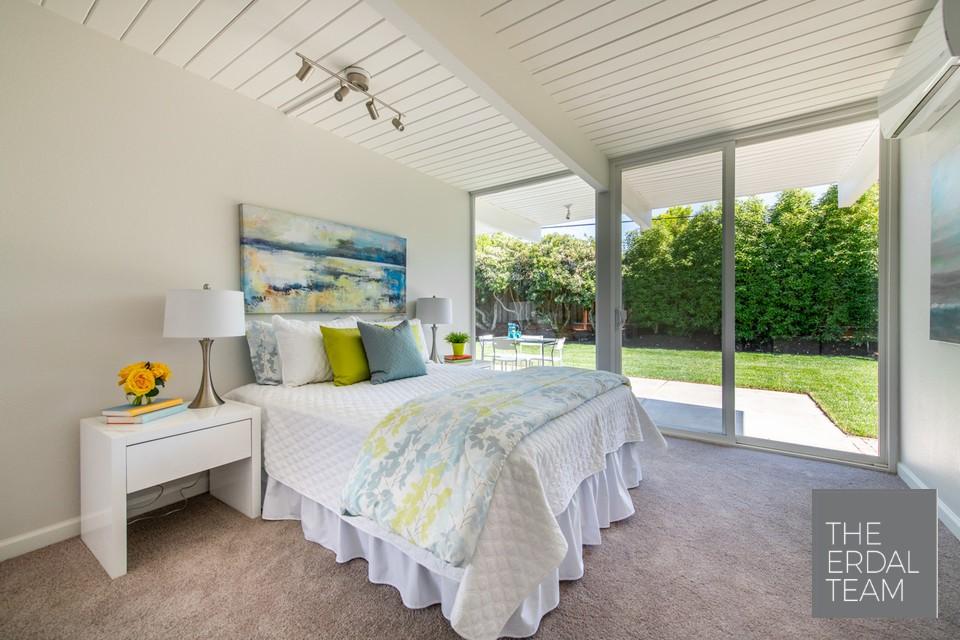 Eichler Home Sunnyvale Floor to Ceiling Windows.jpg
