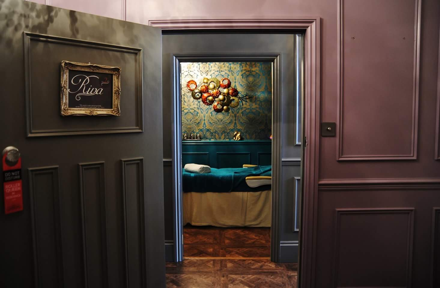 A Welcoming and Relaxed Atmosphere   - Where Beauty Begins -