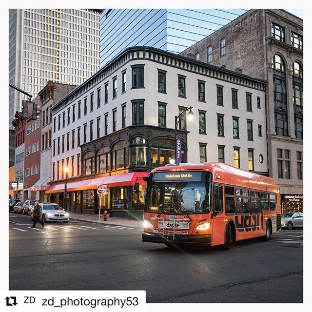 Don't forget about the Dash! This free circulator bus can take you from Union Station to a @hartfordyardgoats game, Bushnell Park, @thewadsworth, Front Street and @ctsciencecenter! Visit cttransit.com for more info #transit #hartford #cttransit #dashbus #hartfordhasit #Repost @zd_photography53 ・・・ Hartford, CT - 1/15/19  #hartford #ct #connecticut #downtownhartford #hartfordhasit