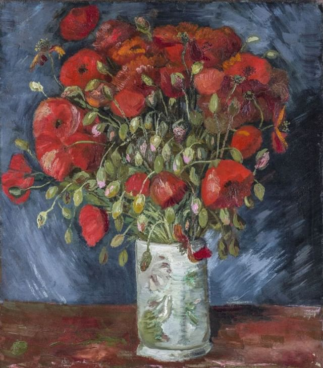 "Visit @TheWadsworth 38th annual Fine Arts and Flowers now through Sunday, where you can see ""Vase with Poppies,"" recently authenticated as a genuine Van Gogh and on exhibit for the first time in nearly three decades! #wadsworth #vangogh #poppies #fineartandflowers #hartford #TOD #transit"