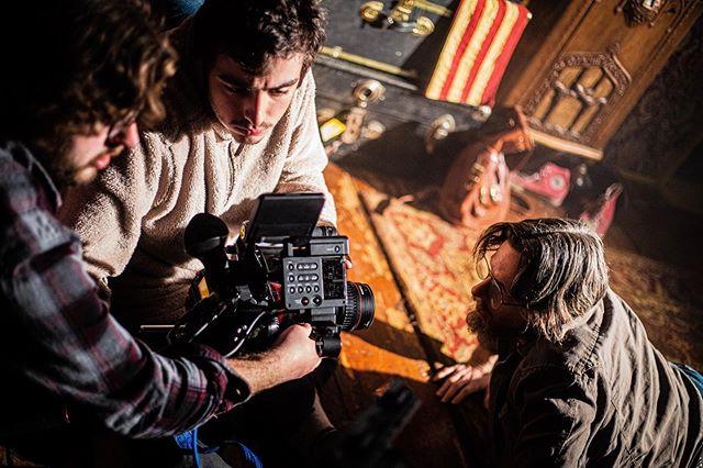 "Getting the action shot bts of ""Optic Nerve""  #410pictures #opticnervefilm #giallofilm #midnightmovie #oldschoolhorror #psychedelichorror #horrorshortfilm"