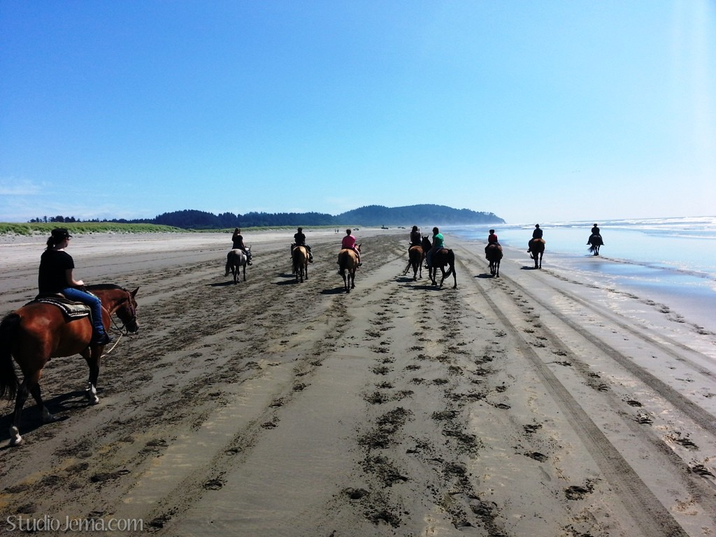 horseback-riding-with-skippers-equestrian-center-in-long-beach-washington.jpg