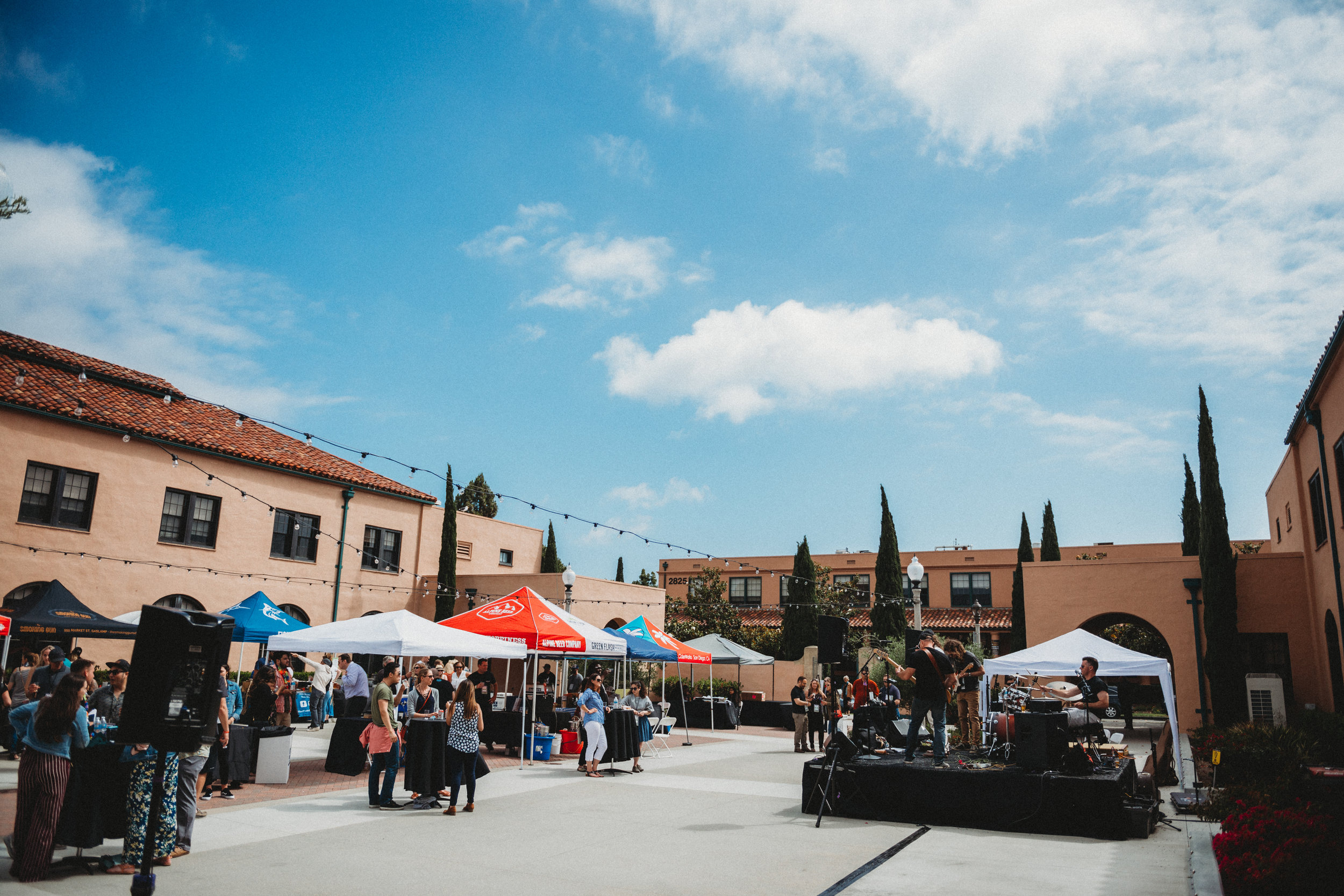 A big thanks to all the vendors and attendees who came out to support the  American Liver Foundation ! We had such a successful afternoon filled with laughter, music, food/beverages and a good time!