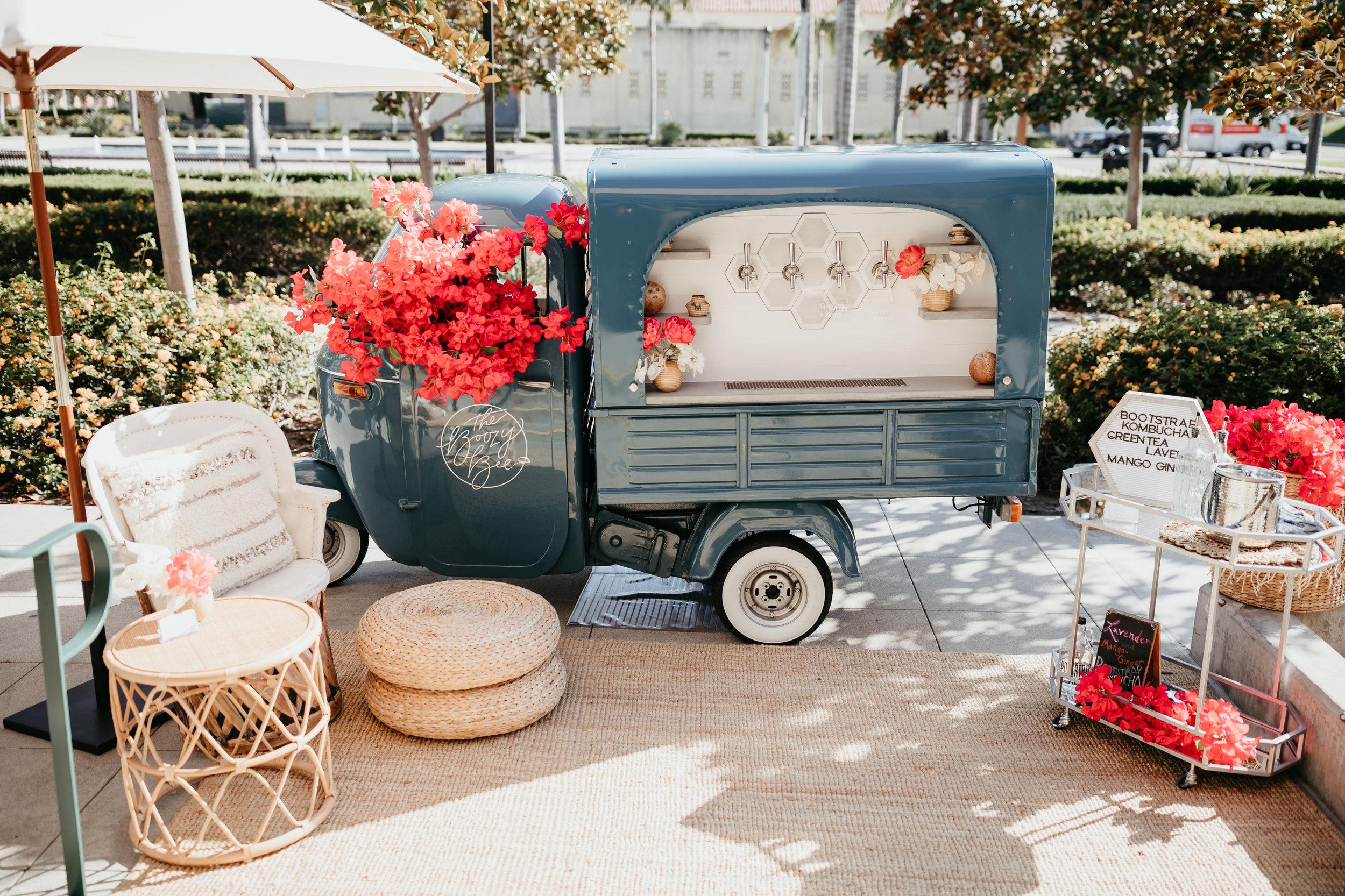 TheKnot-WeddingWire-San-Diego-Mixer-2019-194.jpg
