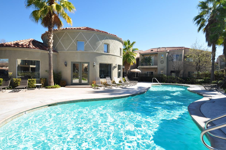 crescent-heights-luxury-apartment-homes-murrieta-ca-primary-photo.jpg