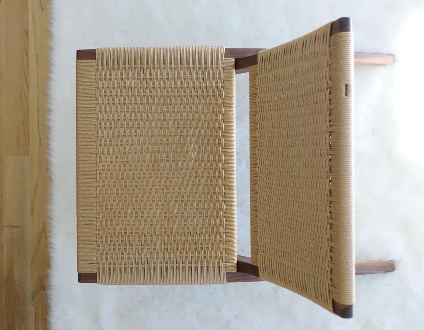 Danish paper cord planflet ch25 weave folding chair.jpg