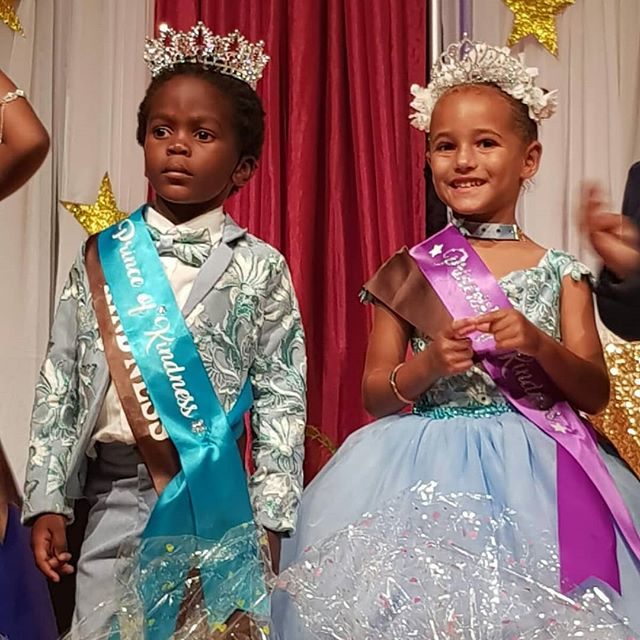 A well-deserved crown and tiara for our Prince and Princess at Montessori Academy! #nevis #nevisnice #montessori #princeandprincess #montpeliernevis #limebarnevis #riffraffdesigns