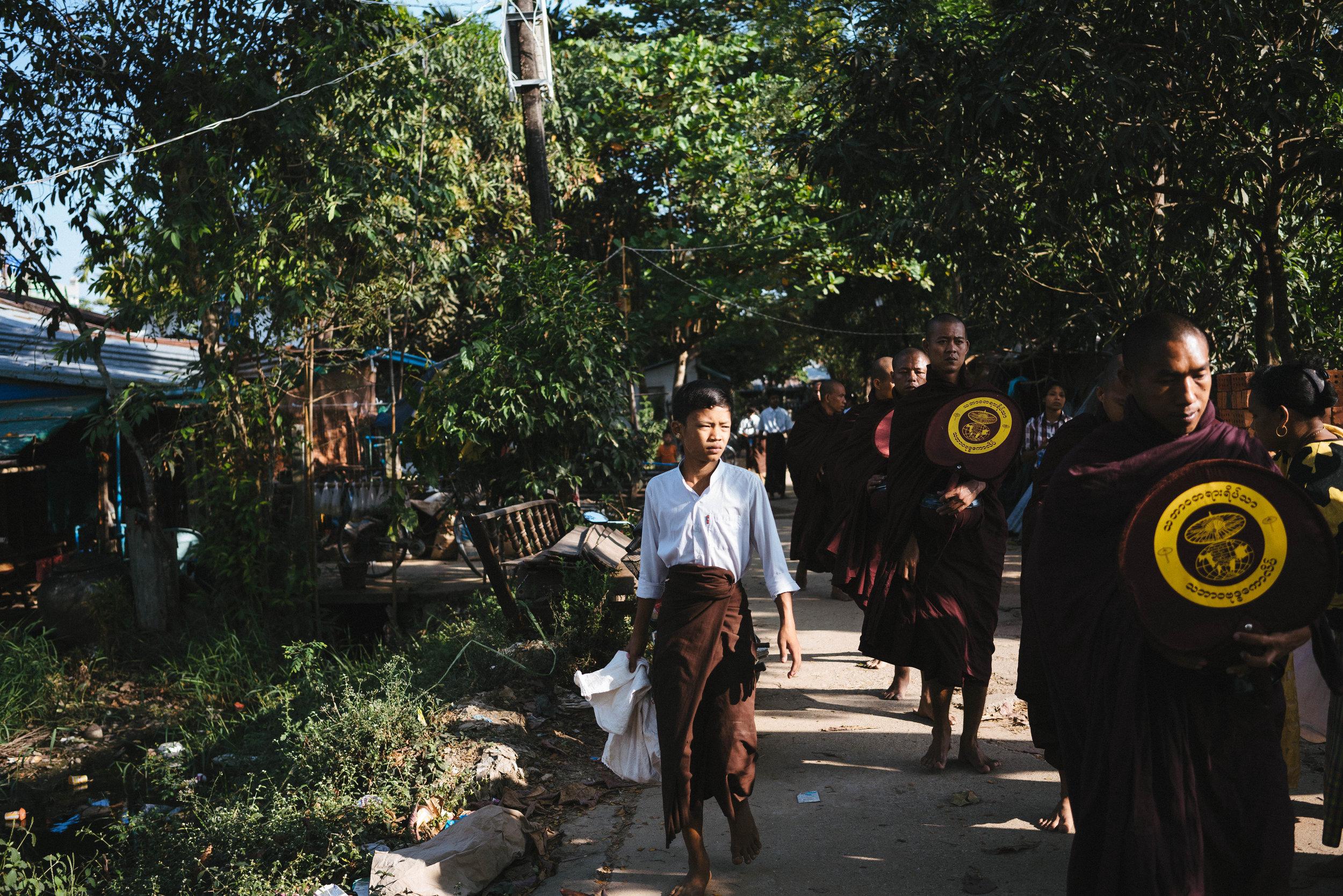 monks-03245.jpg