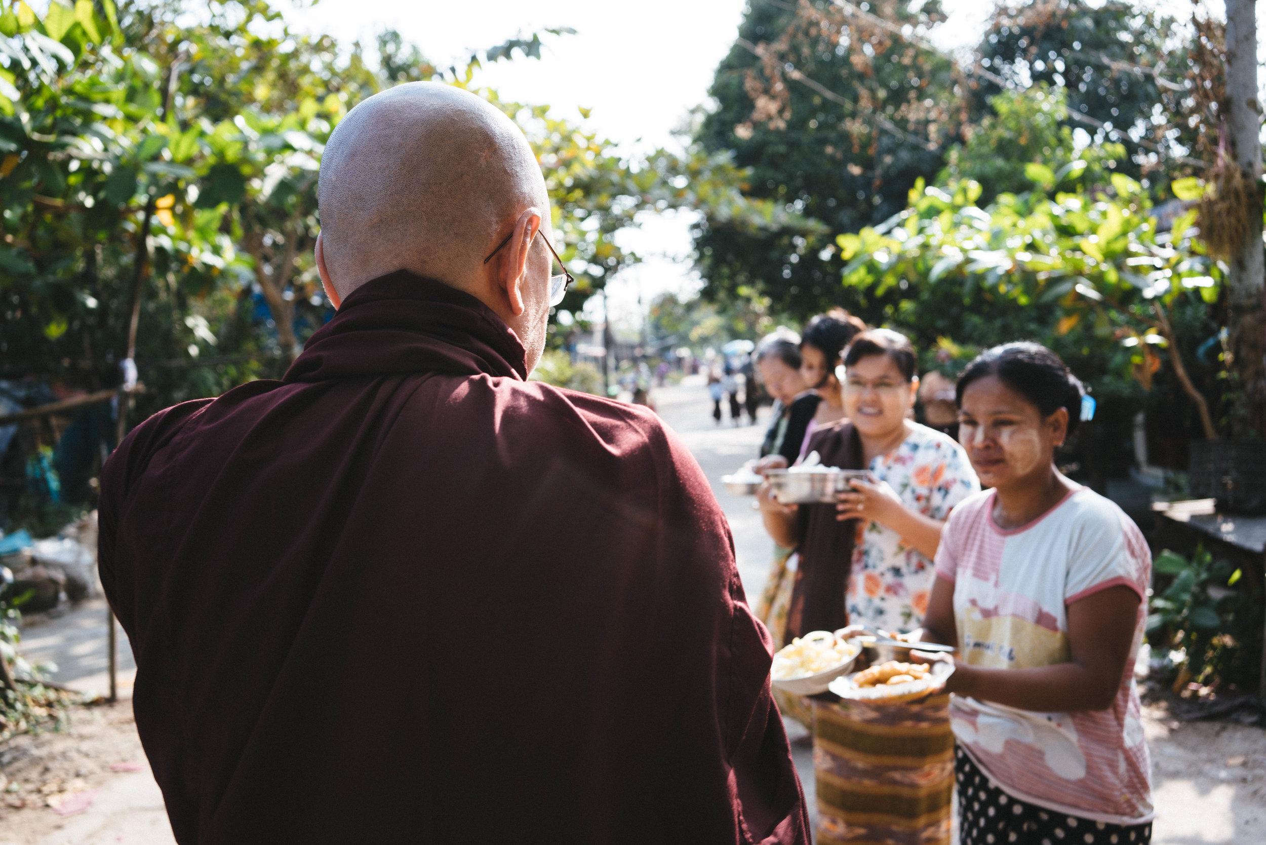 monks-03275.jpg