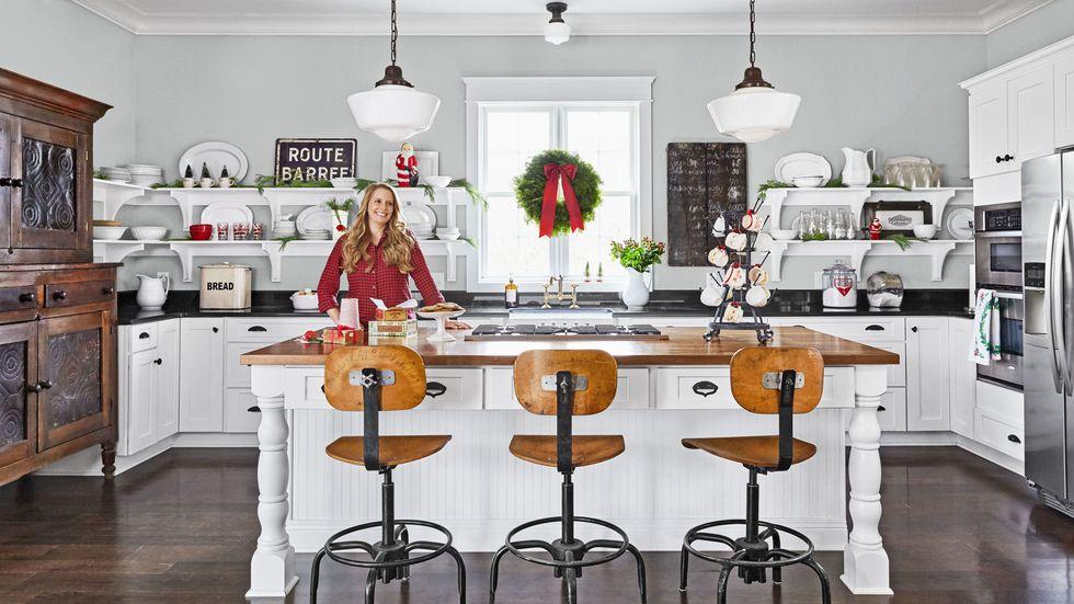 gallery-spirit-christmas-past-kitchen-island-1216-1.jpg