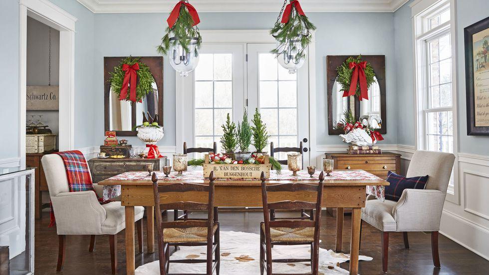 gallery-spirit-christmas-past-kitchen-table-1216-1.jpg