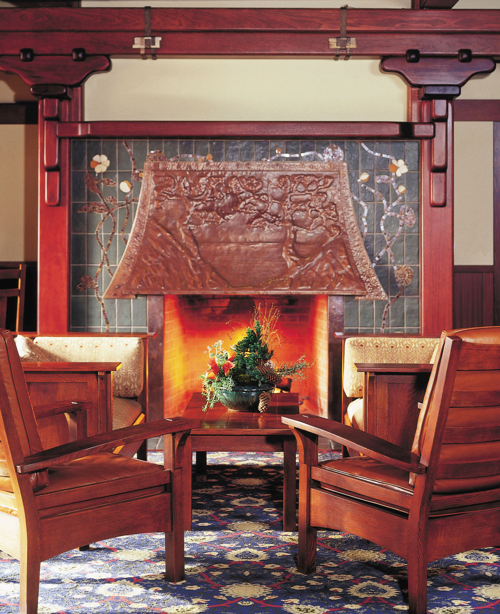 LTP-ARV_Bar-Fireplace.jpg