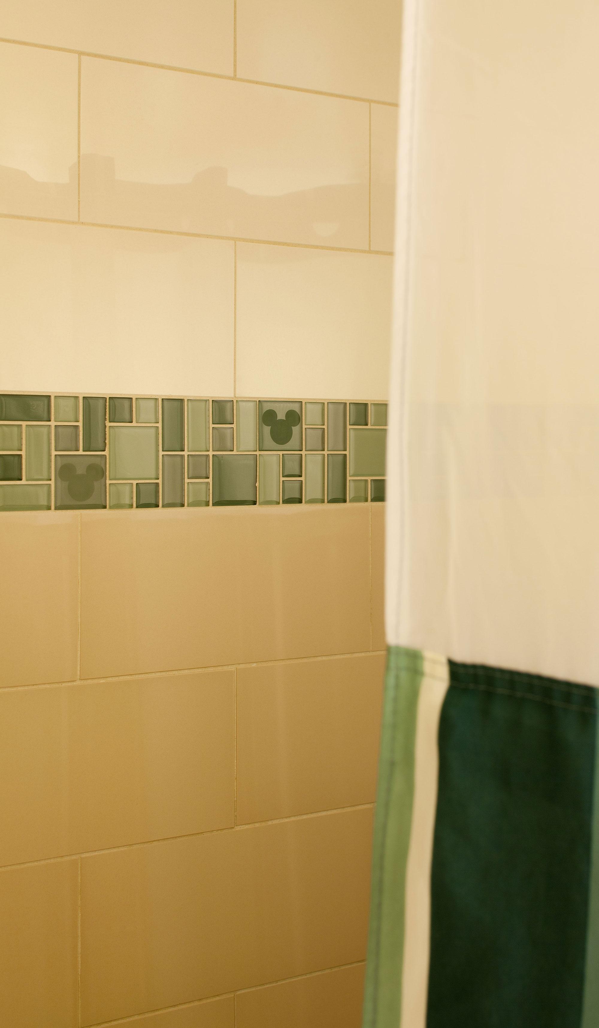 DLH-GR_Shower-Tile.jpg