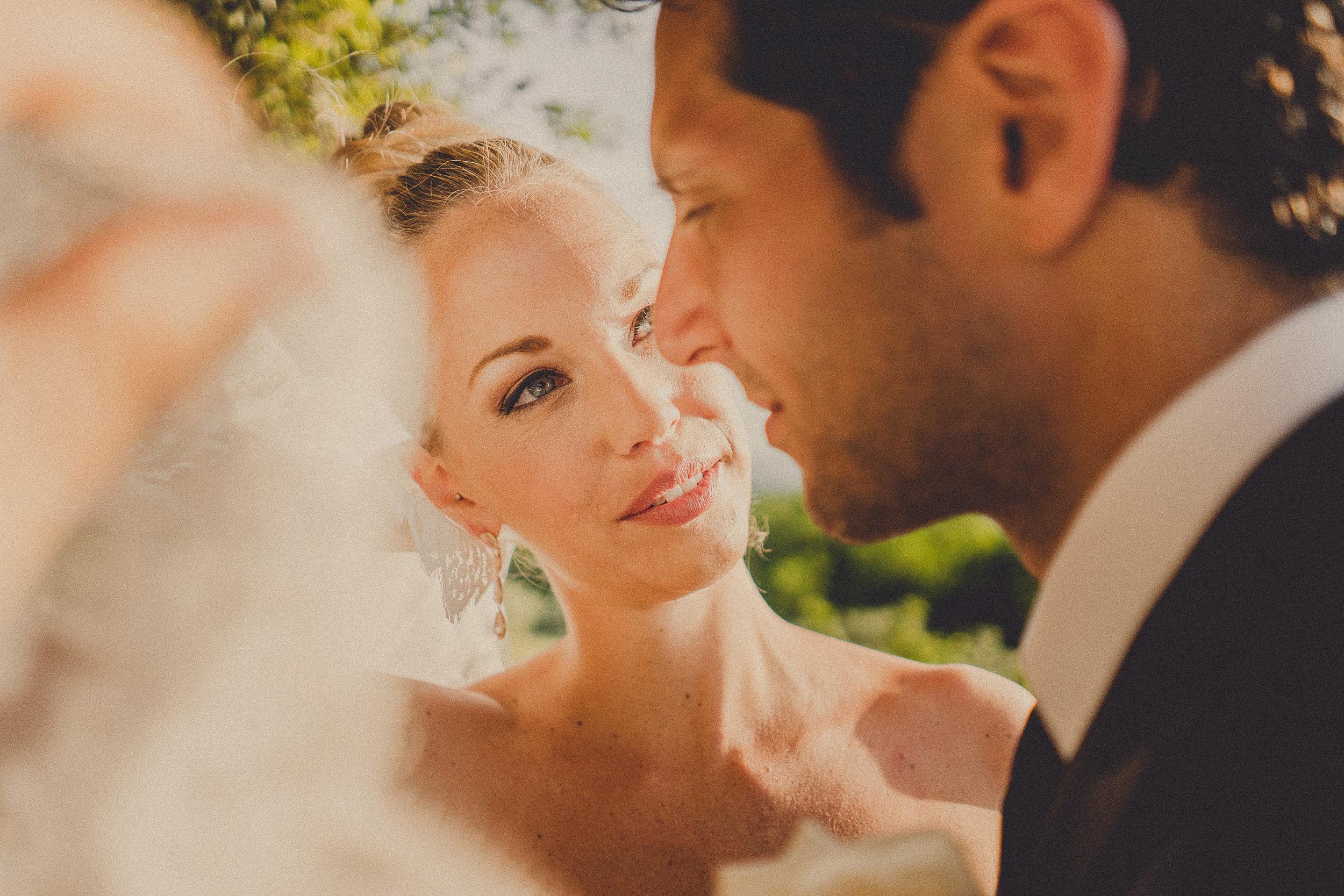 H05-bride&groom-0411.jpg