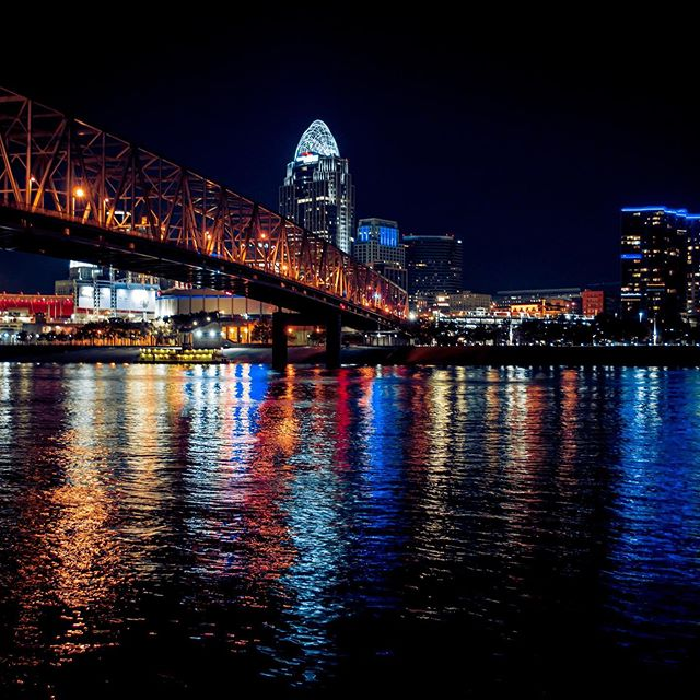 We eat, sleep, and breathe Cincinnati, and we're ready to make your event the easiest and best one you've planned yet! ✨ ⠀⠀⠀⠀⠀⠀⠀⠀⠀ The moment YOUR team steps foot in Cincy, OUR team is here to make sure you're experiencing the best this city has to offer. ✈️ From airport arrivals to transportation arrangements to dining outings to convention planning to city itineraries, Queen City Destination is ready to see you in Cincy! 👑 ⠀⠀⠀⠀⠀⠀⠀⠀⠀ Get in touch by clicking the link in bio 👈 ⠀⠀⠀⠀⠀⠀⠀⠀⠀ ⠀⠀⠀⠀⠀⠀⠀⠀⠀ ⠀⠀⠀⠀⠀⠀⠀⠀⠀ ⠀⠀⠀⠀⠀⠀⠀⠀⠀ ⠀⠀⠀⠀⠀⠀⠀⠀⠀ #eventplanner #destinationmanagement #cincinnatiusa #corporateevents #cincinnatiohio #northernkentucky #nky #destinationmanagementcompany #cincinnati #eventplanning #eventdesign #corporateeventplanner #corporateevents #girlssupportgirls #girlboss