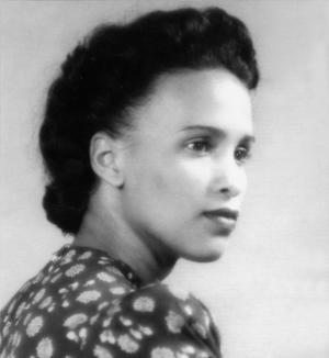 Portrait of Suzanne Césaire. Image via Repeating Islands.