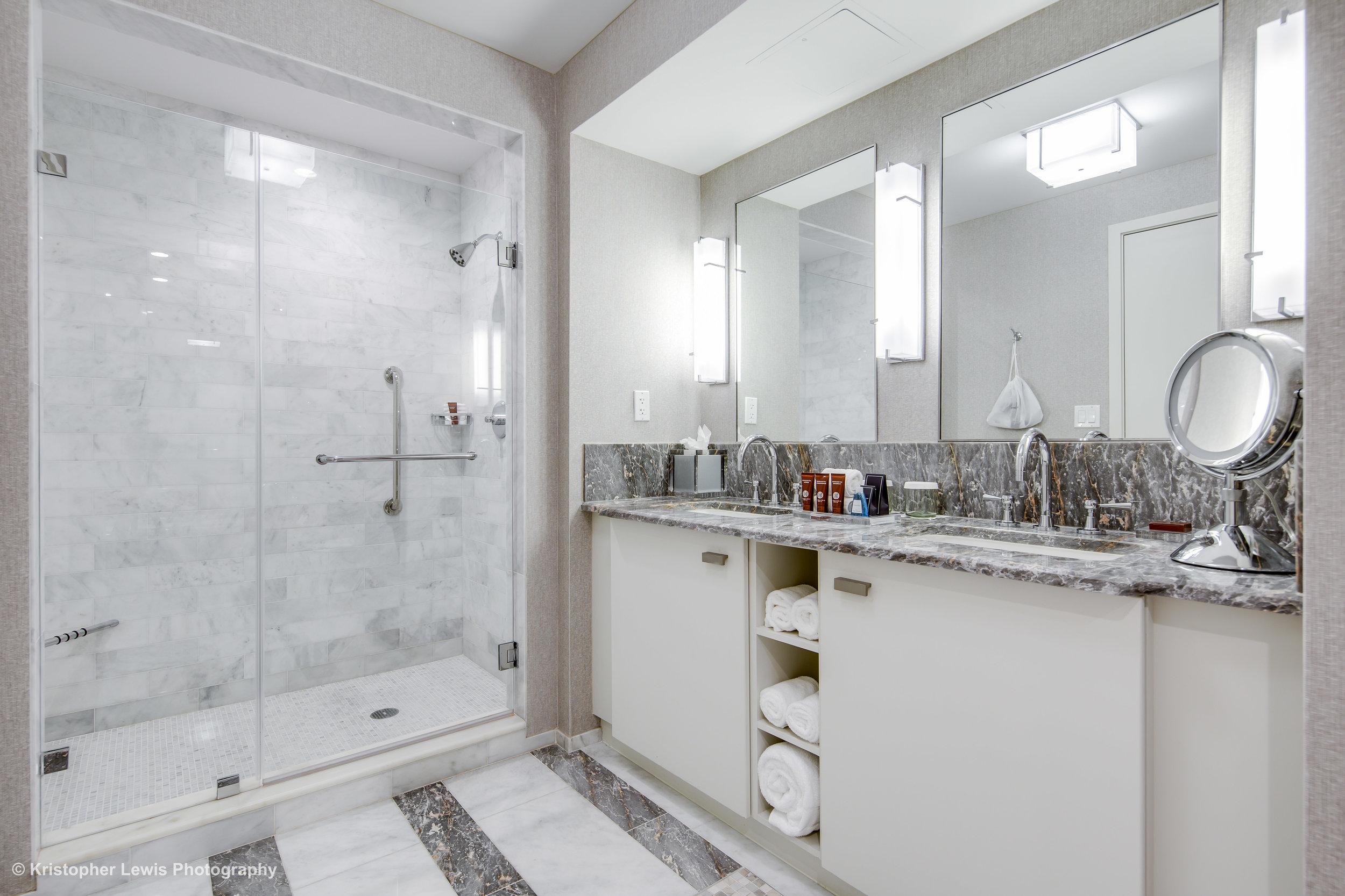 23_Master Suite-Bathroom-4.jpg