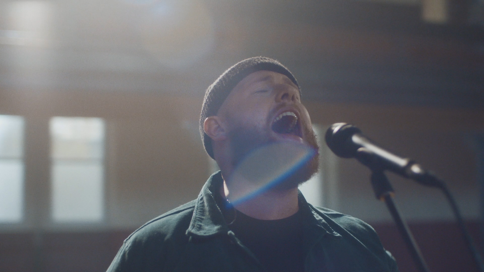 VEVO Lift - Tom Walker 'Angels'