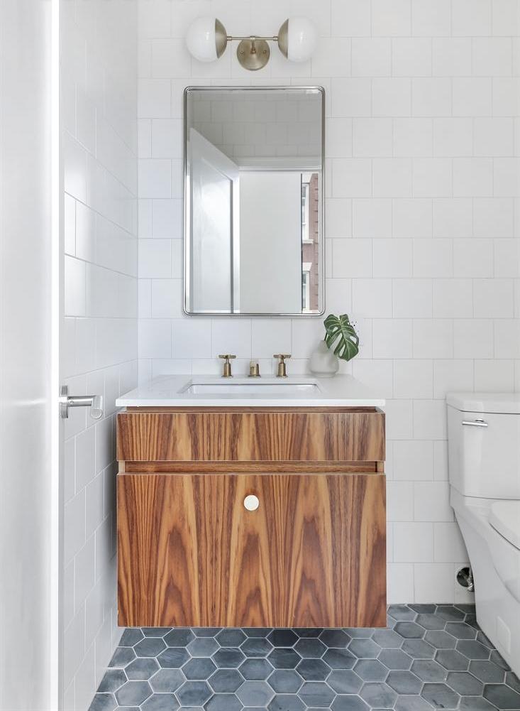 Bathroom 03.png
